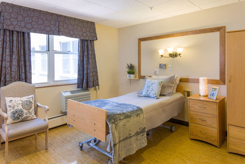 luxury bedrooms at Glen Cove Center for Nursing and Rehabilitation